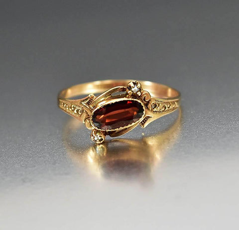 Antique Victorian Gold Pearl Garnet Ring