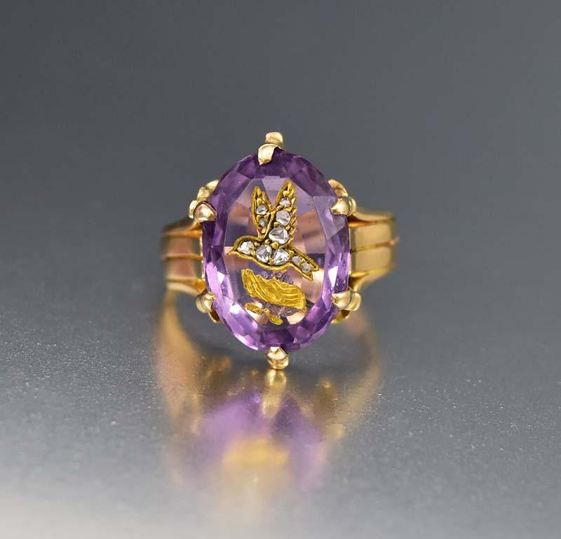 Fine Carved Amethyst Bird and Diamond 18K Gold Ring - Boylerpf