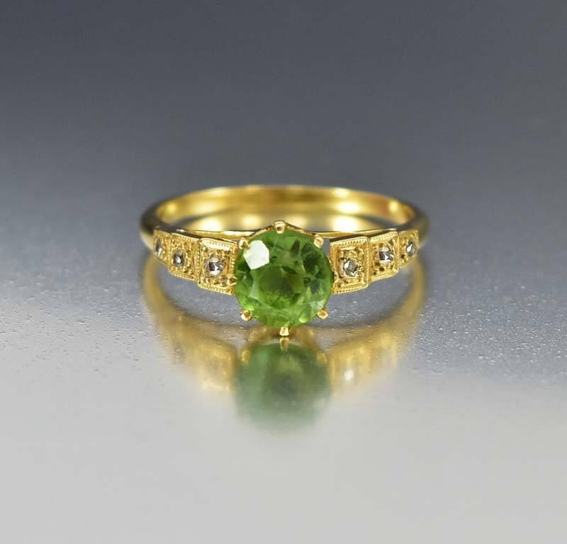 Diamond Green Peridot 18K Gold Antique Ring - Boylerpf