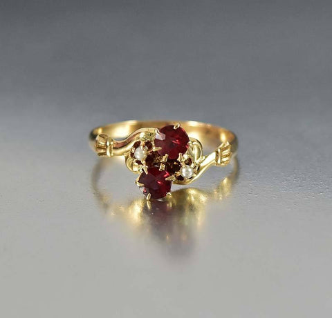 Antique Victorian 14K Gold Pearl Garnet Ring