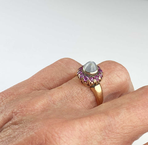 Antique 14K Gold Moonstone and Ruby Ring