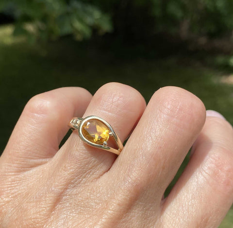 Vintage Buckle Style Gold Citrine Ring