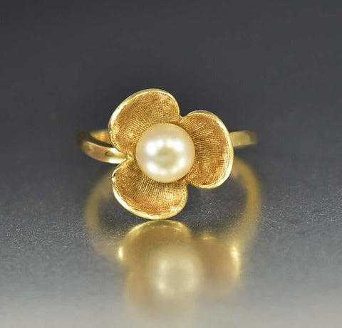 Charming 14K Gold Cultured Pearl Pansy Ring