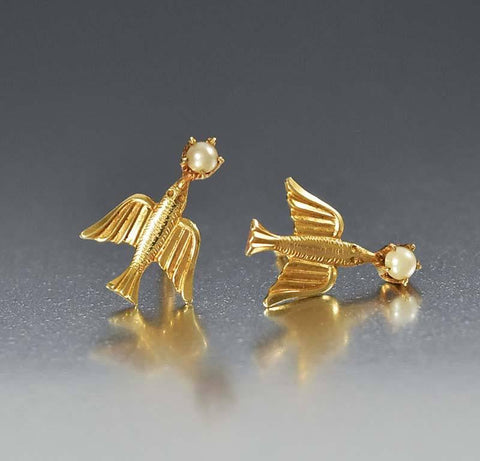 Vintage BDA Gold Pearl Swallow Stud Earrings