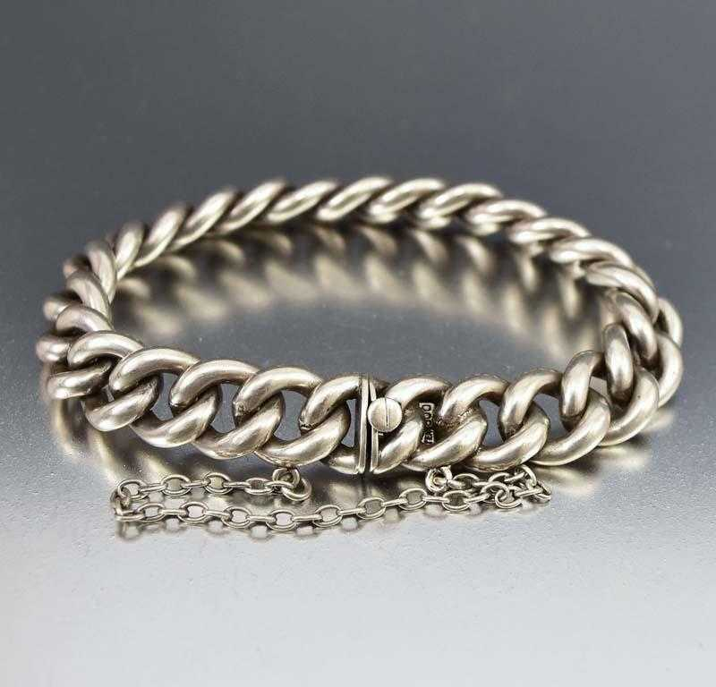 Charming Antique Curb Chain Link Bracelet C. 1880s - Boylerpf