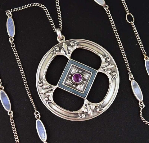 Outstanding Art Nouveau Enamel and Amethyst Necklace