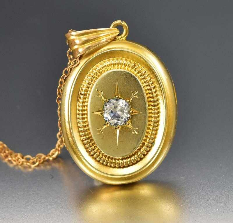 Victorian Gold  Rock Crystal Engraved Star Locket Necklace - Boylerpf