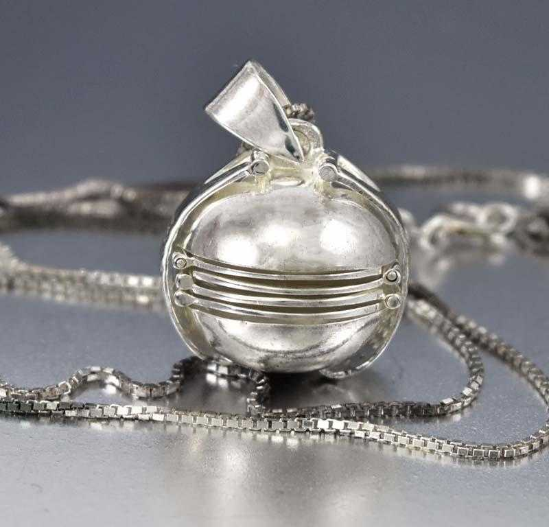 Globe Pendant Silver Ball Locket Necklace - Boylerpf