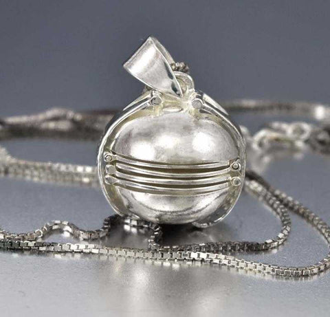 Charming Antique Edwardian Silver and Paste Necklace