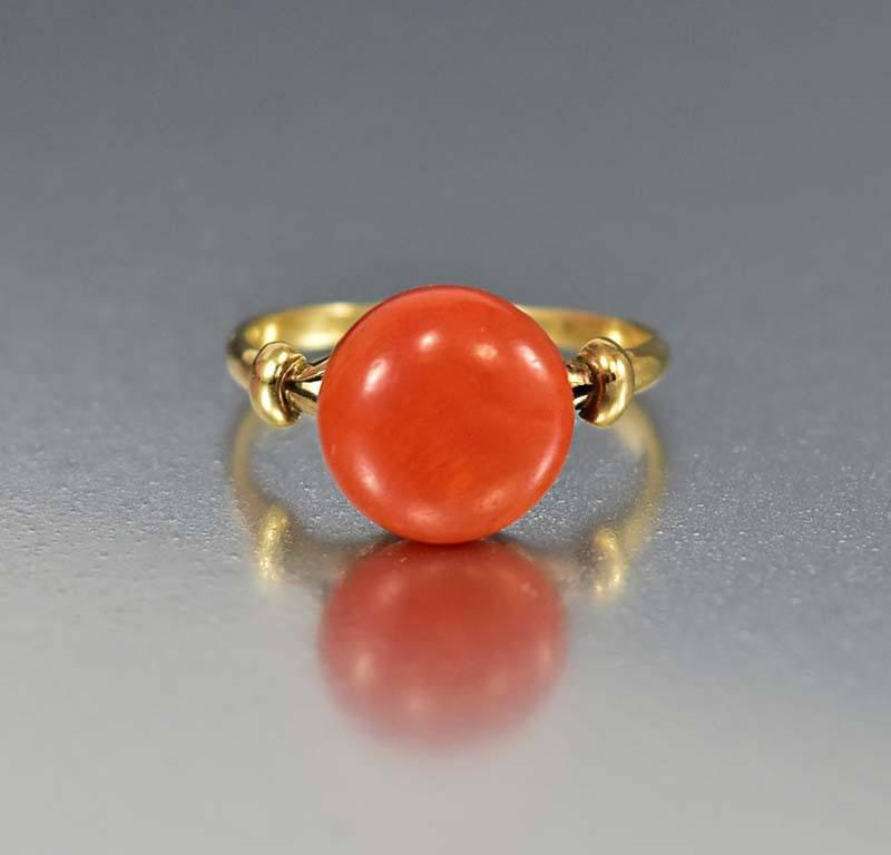 Antique Edwardian 18K Gold Red Coral Solitaire Ring - Boylerpf