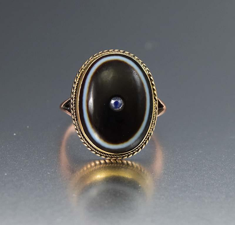 Superb Antique Gold Banded Agate and Sapphire Ring - Boylerpf