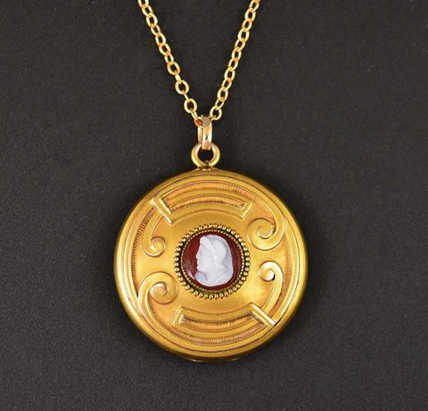 Stunning 1900s Gold Cameo Antique Photo Locket