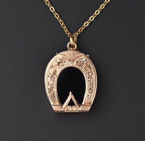 Victorian Antique 14K Gold Filigree Horse Shoe Locket