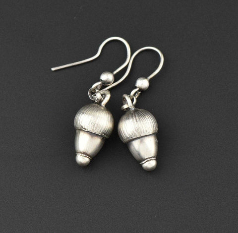 Vintage Silver Acorn Earrings