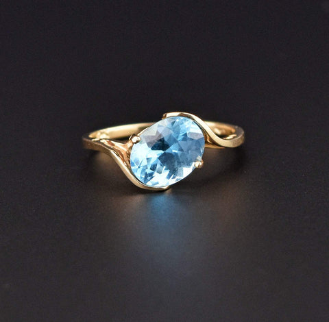 10K Gold Retro Vintage Blue Topaz Ring