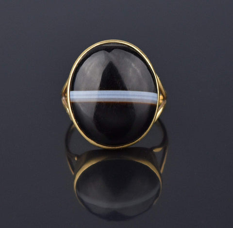 Victorian 15K Gold Banded Agate Cabochon Ring