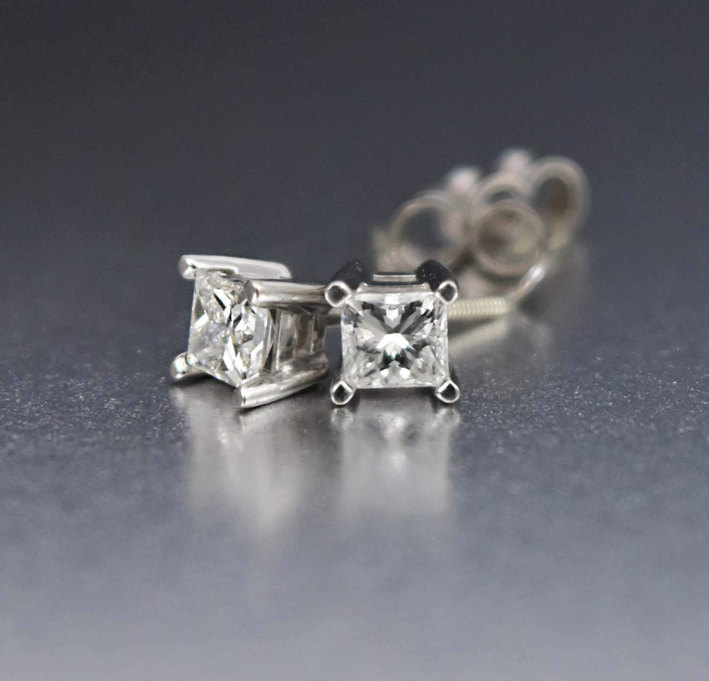 14K White Gold Vintage Diamond Stud Earrings - Boylerpf