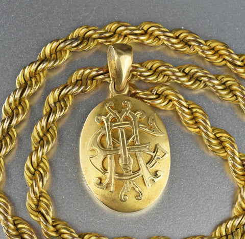 Vintage Victorian Oval ME Initial Gold Locket