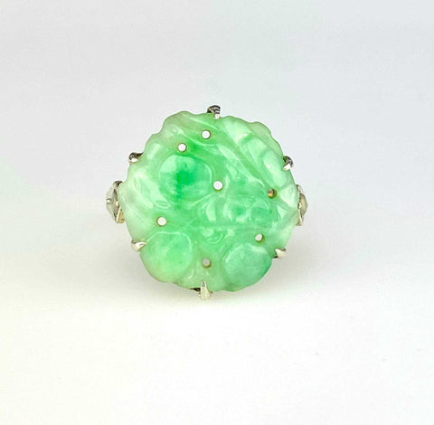 Art Deco Gold Carved Green Jade Ring