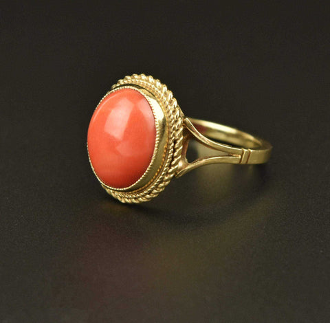 Estate Gold Coral Cabochon Ring