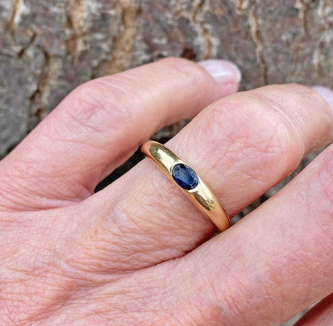 Solid Gold Vintage Sapphire Ring