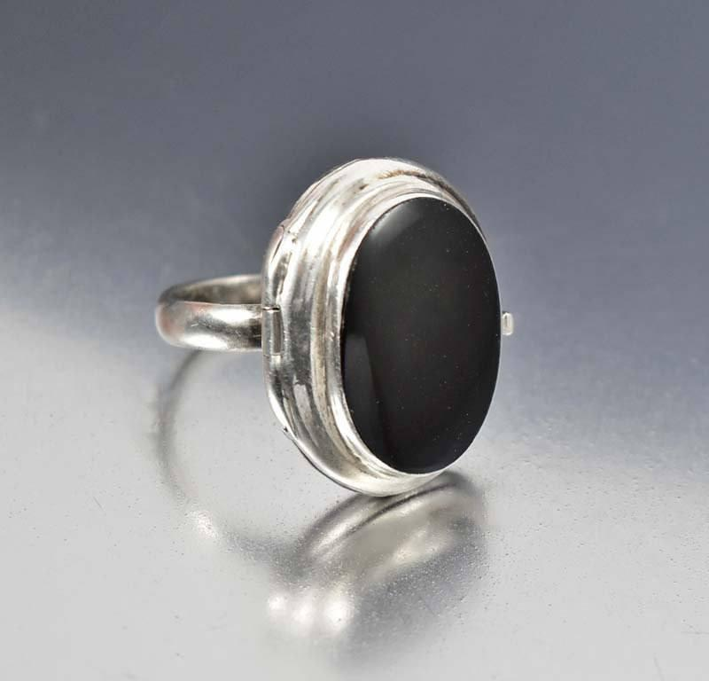 Vintage Sterling Silver Onyx Locket Poison Ring Gothic - Boylerpf