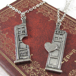 Necklace - Whovian Necklace Set
