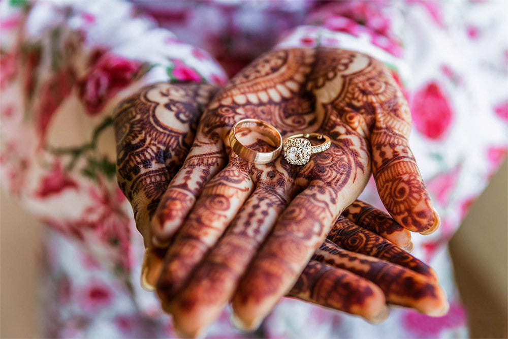 bride henna mehndi hands ring