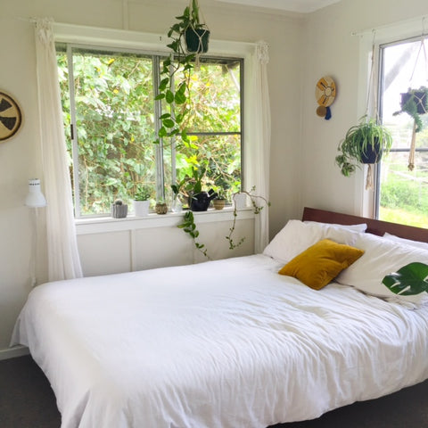 Green Plants In The Bedroom The Best Of The Best Copper And Cross