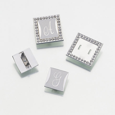 Monogram Clip with Frame
