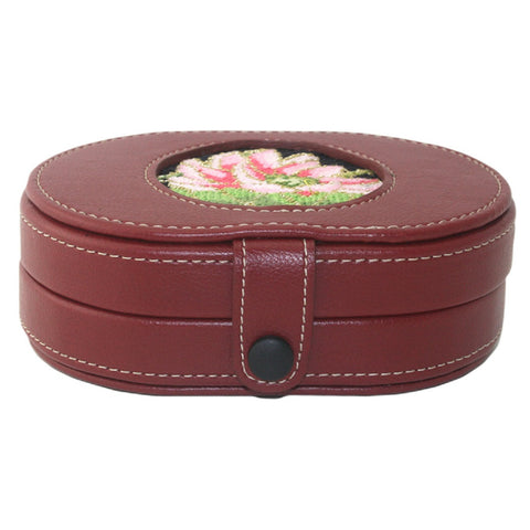 LEE Magnetic Needle Case LEATHER Red Brown MAGENTA