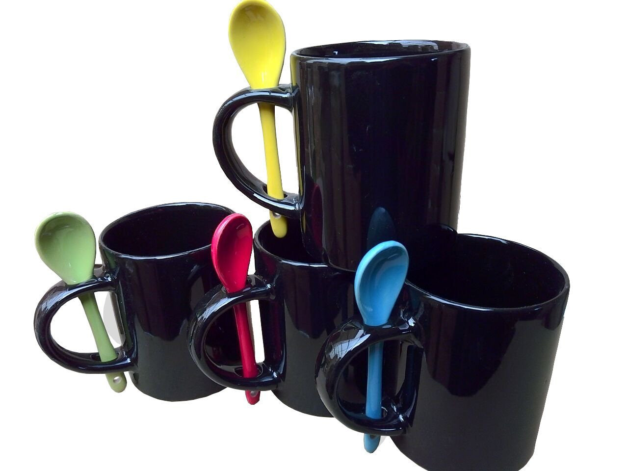 Purposefull Set of 4 Black Mugs with Spoons in the Handle
