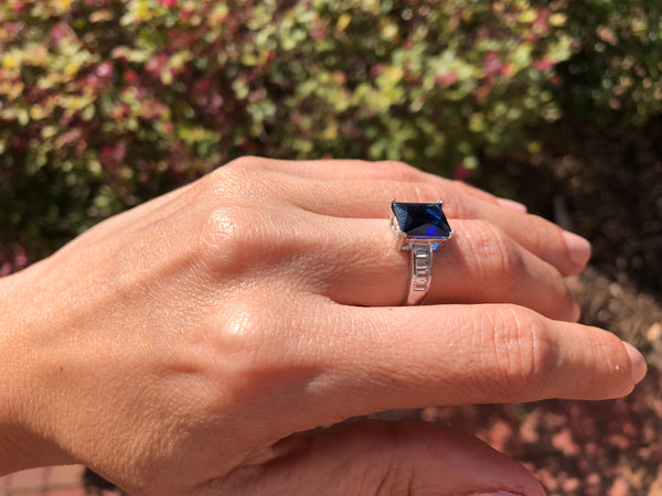 925 Sterling Silver 4 2/5 Carat Blue Sapphire Ring