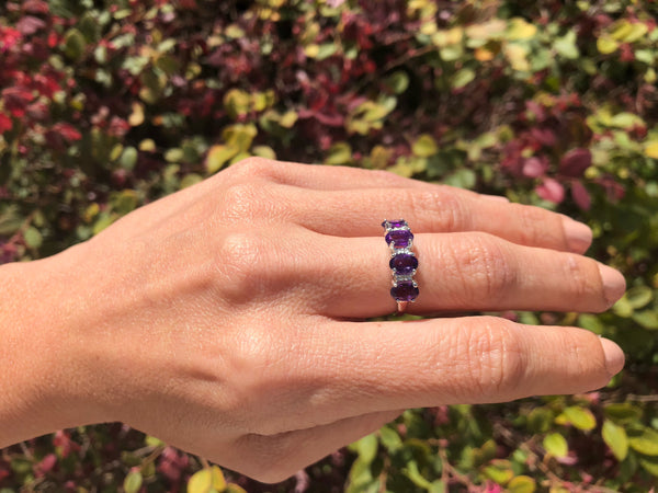 925 Sterling Silver 3 1/2 Carat Amethyst & Diamond Ring
