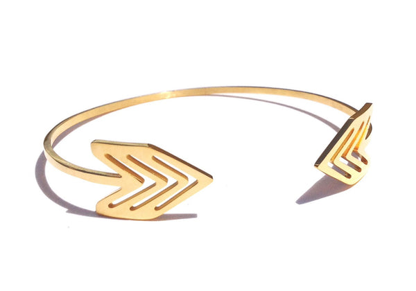 Gold Steel Casual Arrow Woman Bangle