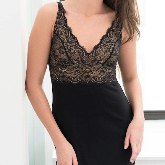 Samantha Chang Built Up Lace Cup Chemise