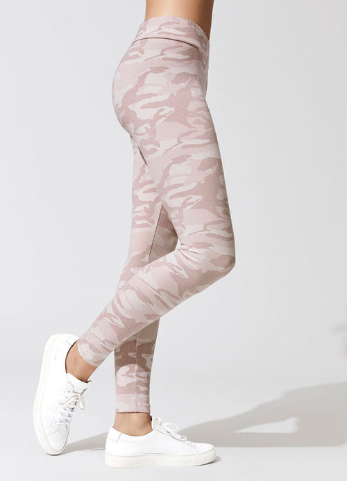 Fitify F7R8 Action Leggings (Side)
