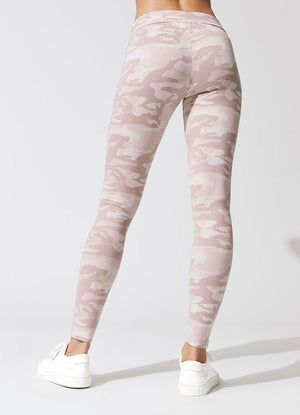 Fitify F7R8 Action Leggings (Back)