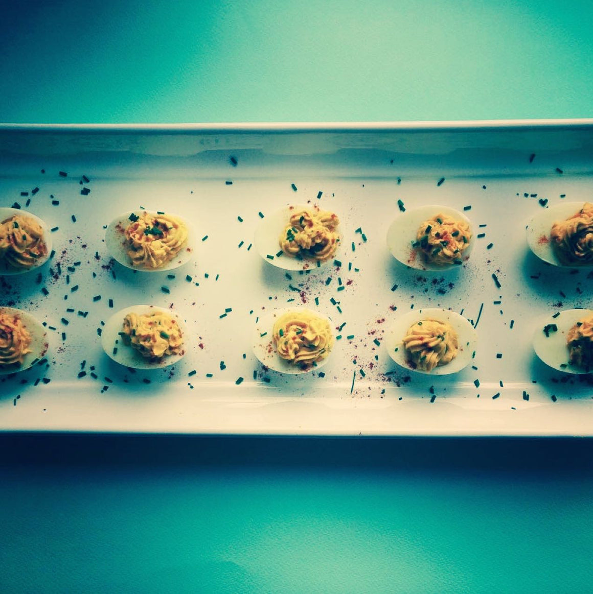 RETRO DEVILED EGGS