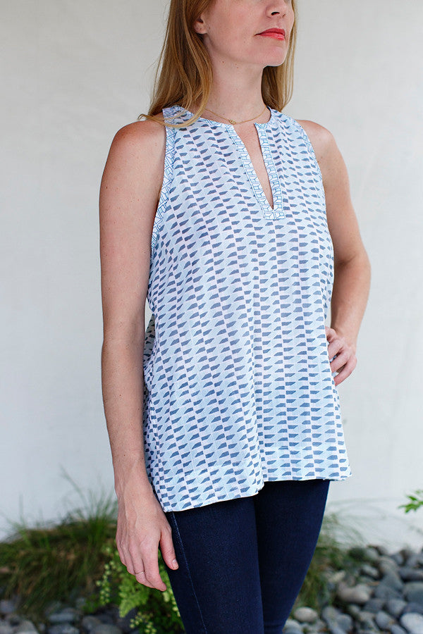 Mari Top / Mint Grey Wedge Print