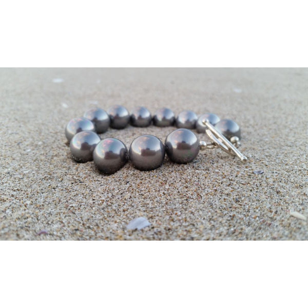South Sea Shell Pearl Bracelet in grey