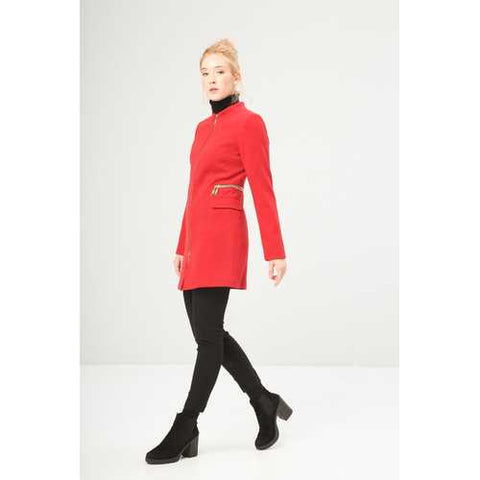 Gender: Women<br />Color: Red<br />women's coat<br />- composition:  63% pl, 30% vi, 7% ea<br />- zip fastening, 2 flap pockets, decorative zippers, lined<br />- dry clean<br />- model wears a size:  42<br />- model height:  175 cm - Watchesfixx Coats