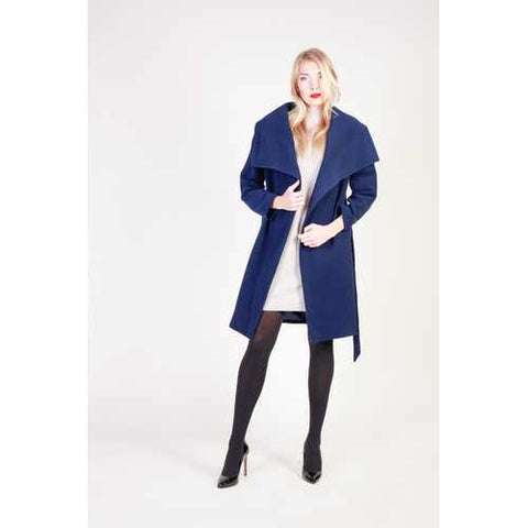 Gender: Women<br />Color: Blue<br />women's coat<br />- composition:  74% pl, 23% vi, 3% ea<br />- belt fastening, 2 pockets, lined, shawl collar<br />- dry clean<br />- model wears a size:  42<br />- model height:  178 cm - Watchesfixx Coats