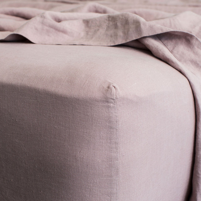Close up image of Linen Fitted Sheet in Dusk.