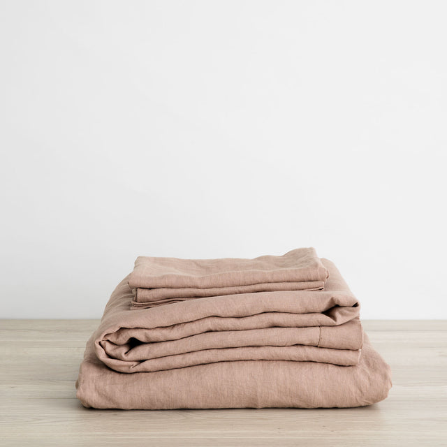 Linen Sheet Set in Fawn, a dusty brown and pink color.