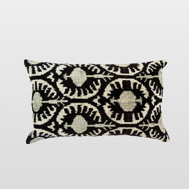 Silk Velvet Cushion - Beyaz