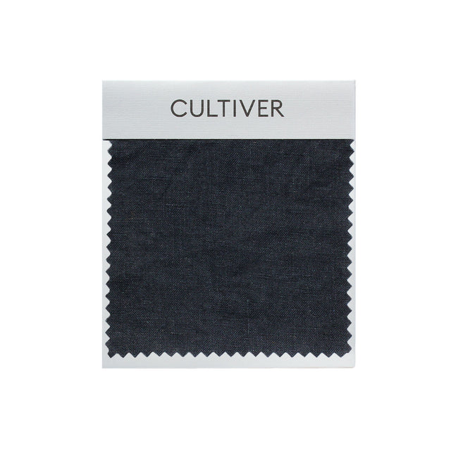 A CULTIVER Linen Swatch in Navy