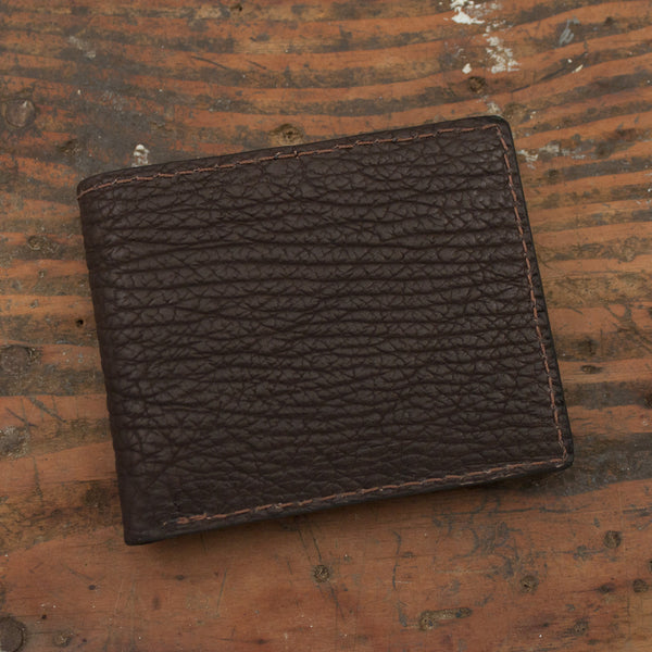 https://cdn.shopify.com/s/files/1/0894/5904/products/Bifold-Shark-Brown2_663608eb-3d40-4ece-a1cf-2edbe0ffd8ac_grande.jpg?v=1468478912