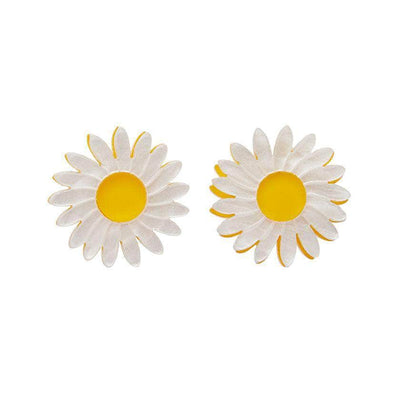 She Loves Me Daisy Earrings
