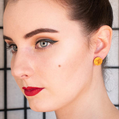 Circle Ripple Resin Stud Earrings - Gold